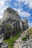Lanzado abajo de un castillo medieval Gymes Fotos de archivo