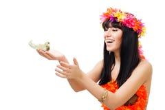 Lanzamiento de la belleza de una muchacha con un pájaro Foto de archivo