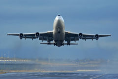 Lanzamiento de los aviones Fotos de archivo libres de regalías