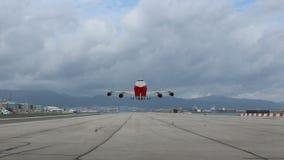 Lanzamiento de los aviones de pasajero