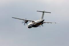 Lanzamiento de los aviones del turbopropulsor Fotografía de archivo