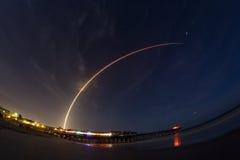 Lanzamiento del cohete del atlas V imagen de archivo