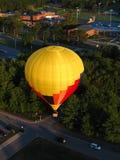 Lanzamiento del globo del aire caliente Fotos de archivo