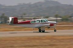 Lanzamiento privado del aeroplano -   imagen de archivo libre de regalías
