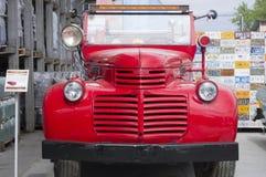 Lanzamiento retro del fuego 1942 de GMC del coche Imagen de archivo