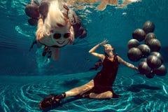 Lanzamiento subacuático Fotografía de archivo