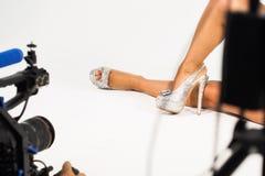 Lanzamiento video del zapato Imagen de archivo libre de regalías