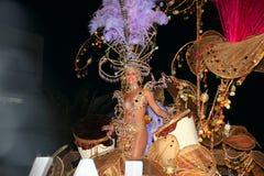 LANZAROTE, SPANJE - Maart 2: De Carnaval-Koningin in kostuums bij Th Royalty-vrije Stock Foto's