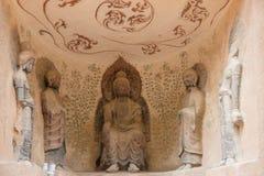 LANZHOU, CHINA - 30 DE SEPTIEMBRE DE 2014: Estatuas de Buda en la cueva Te de Bingling imagen de archivo libre de regalías