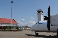 Lao Airline Airplaine en el aeropuerto de Pakse foto de archivo
