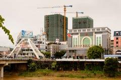 Lao Cai (Vietnam) - ha Khau (China), una de la China - Vietnam fotos de archivo