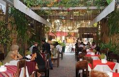Laos del norte: Restaurante famoso en Luang Prabang fotos de archivo