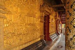 Laos: Luang Prabang är Laos klosterbroder- och negro spiritualhuvudstad Royaltyfria Foton