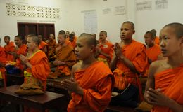 Laos: Luang Prabang jest Laos religijnym i duchowym kapitałem i Zdjęcia Stock