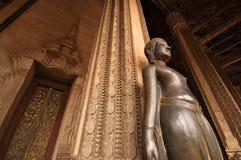 laos tempel arkivbild
