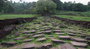 Laotisk Wat Phou Khmer tempel Arkivbilder