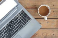 lap-top καφέ Στοκ εικόνα με δικαίωμα ελεύθερης χρήσης