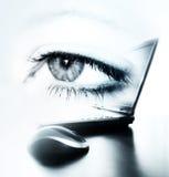 lap-top ματιών στοκ εικόνα