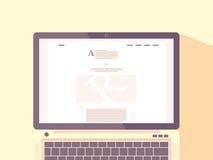 Lap-top με Διαδίκτυο blog στην οθόνη Στοκ εικόνα με δικαίωμα ελεύθερης χρήσης
