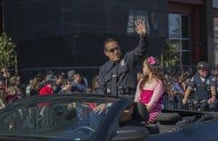 LAPD Blake Chow, 115th Dragon Parade dourado, ano novo chinês, 2014, ano do cavalo, Los Angeles, Califórnia, EUA Imagem de Stock