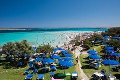 LaPelosa strand på ön Sardinia royaltyfri foto