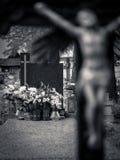 Lapide in bianco con la priorità alta della croce Fotografia Stock Libera da Diritti