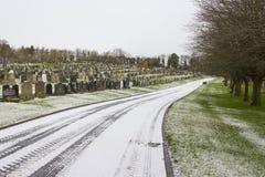 Lapidi nel cimitero locale nella contea giù Irlanda del Nord di Bangor un giorno di inverno gelido freddo Fotografia Stock