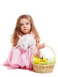 Lapin et panier de Pâques Photos stock