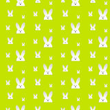 Lapin heureux Bunny Green Seamless Background de Pâques Photo libre de droits