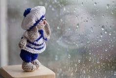 Lapin tricoté minuscule Image libre de droits