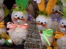 Lapins de Pâques colorés Image stock