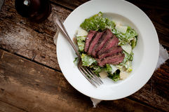 Lapje vlees Caesar Salad Royalty-vrije Stock Foto's