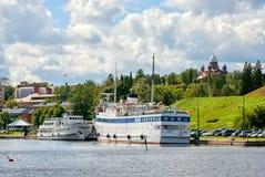 Lappeenranta finland Bateaux blancs sur le lac Saimaa Photo stock