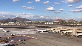 Laps de temps d'aéroport international de port de ciel de Phoenix banque de vidéos