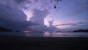 Laps de temps d'orage de coucher du soleil Costa Rica banque de vidéos
