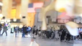 Laps de temps de banlieusards sur le terminal grand banque de vidéos