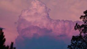 Laps de temps de nuage et ciel bleu banque de vidéos