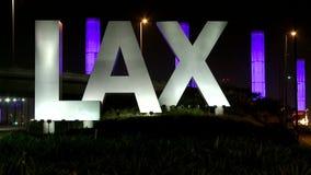Laps de temps du signe d'aéroport de LAX banque de vidéos