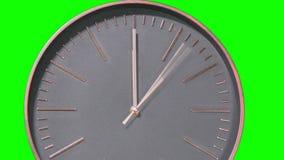 Laps de temps rapide moderne de visage d'horloge sur l'écran vert banque de vidéos