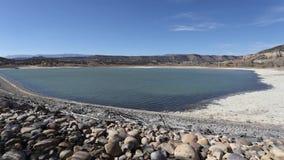 Laps de temps sur le lac Escalante banque de vidéos