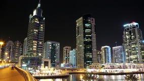 Lapso da noite do porto de Dubai, Emiratos Árabes Unidos vídeos de arquivo