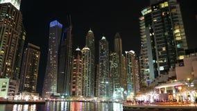 Lapso de la noche del puerto deportivo de Dubai, United Arab Emirates metrajes