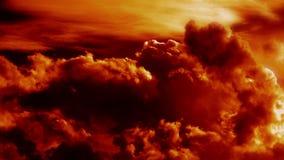 Lapso de tempo cinemático épico de sopro de queimadura das nuvens vídeos de arquivo