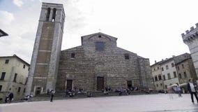 Lapso de tempo da catedral de Montepulciano, dedicada a Santa Maria Assunta em 4k video estoque