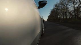 Lapso de tempo da condução ao longo da estrada vídeos de arquivo