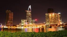 Lapso de tempo da skyline cênico na noite - Vietname de Ho Chi Minh City (Saigon) filme