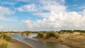 Lapso de tempo das dunas e das nuvens filme