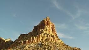 Lapso de tempo das nuvens e das montanhas do deserto - grampo 2 filme