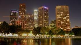 Lapso de tempo de Los Angeles do centro cênico na noite video estoque