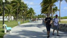 Lapso de tempo de pedestres de Miami Beach filme